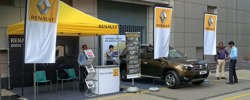 Visual Merchandising Kits for Renault